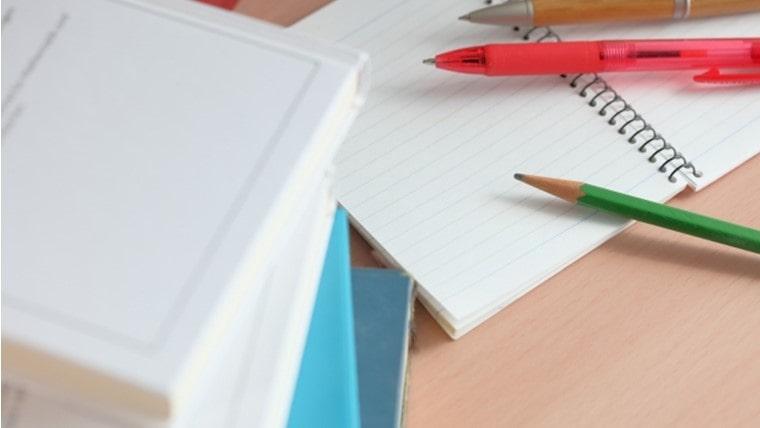 病棟で持ち歩くポケットサイズのノートの作り方のポイントを紹介します。